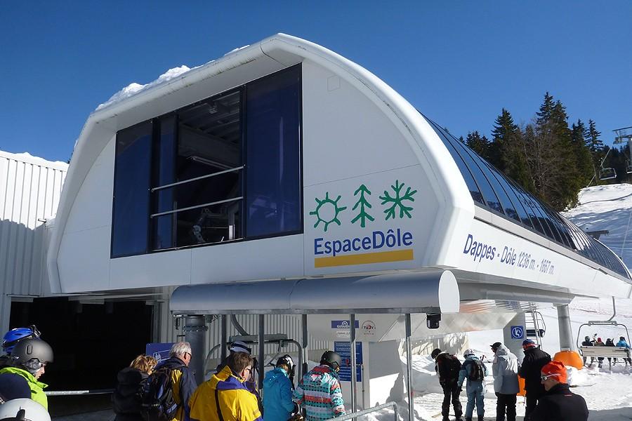 La station de ski - Jura sur Léman La Dôle : Skiez face au Mont Blanc